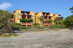 Condo Frente al Mar 2 Hab en Playa Langosta